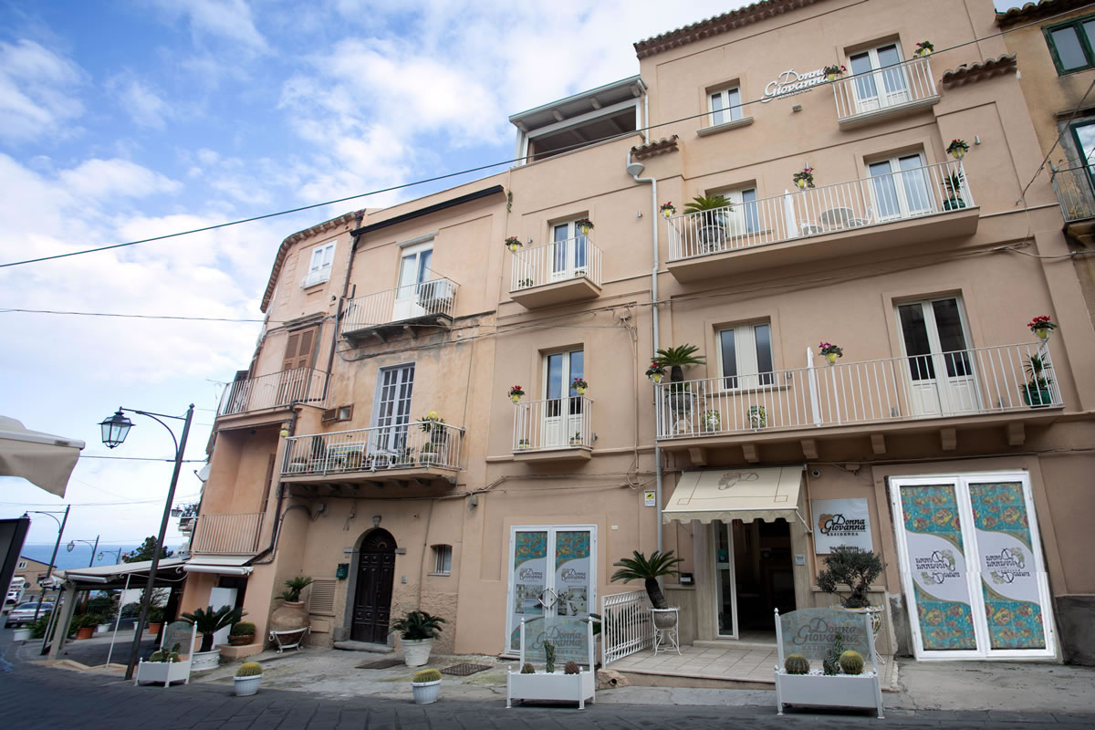 Residenza Donna Giovanna Calabria - Borgo di Tropea